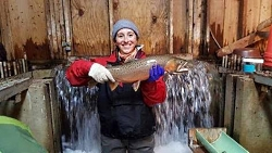 Bear Lake Sculpin - Cottus extensus: Hayley Glassic with a Bear Lake Cutthroat Courtesy & Copyright Jeremy Jensen