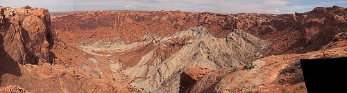 Utah's Desert Paradox: Upheaval Dome Courtesy Wikimedia Licensed under the Creative Commons Attribution-Share Alike 3.0 Unported license.